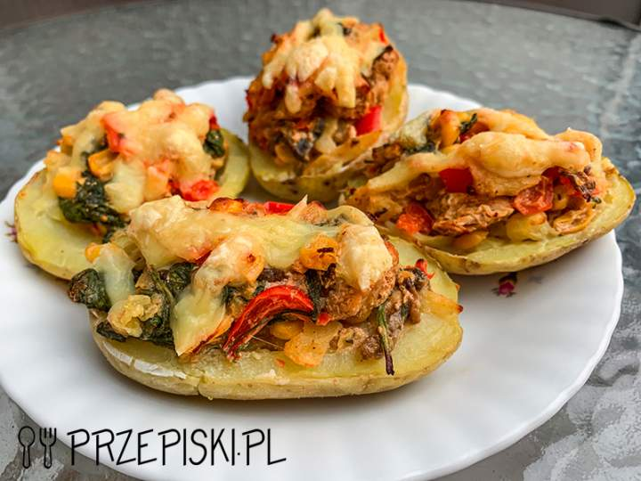 Ziemniaki Faszerowane  Kurczakiem Fetą i Szpinakiem