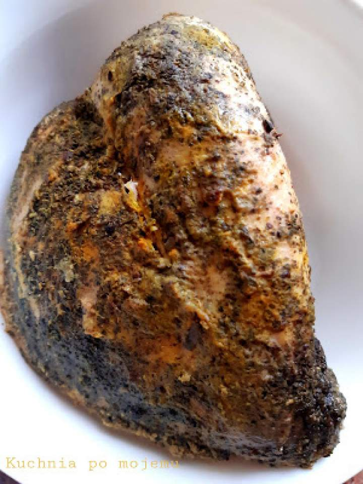Na kanapki: Indyk gotowany w kurkumie