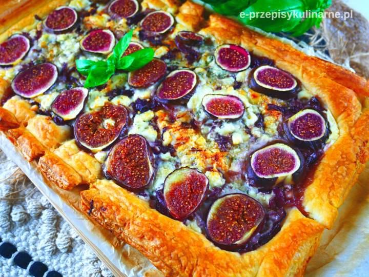 Tarta z ciasta francuskiego z figami – przepyszna i szybka