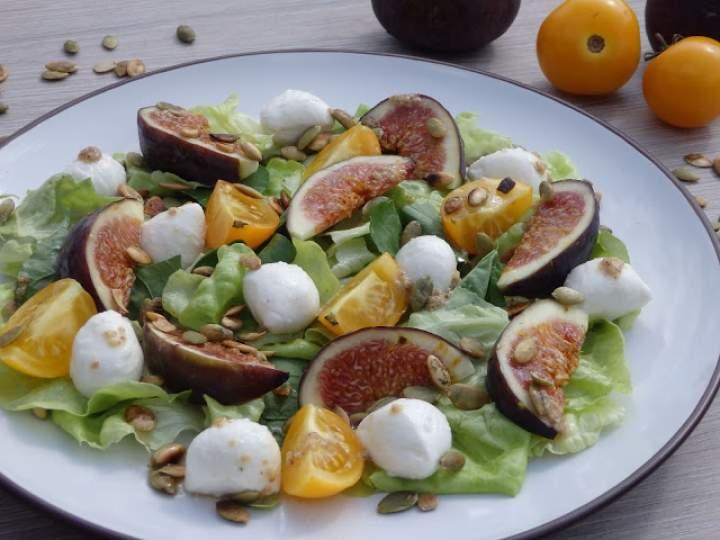 Sałatka figowa z pomidorkami oraz mozzarellą