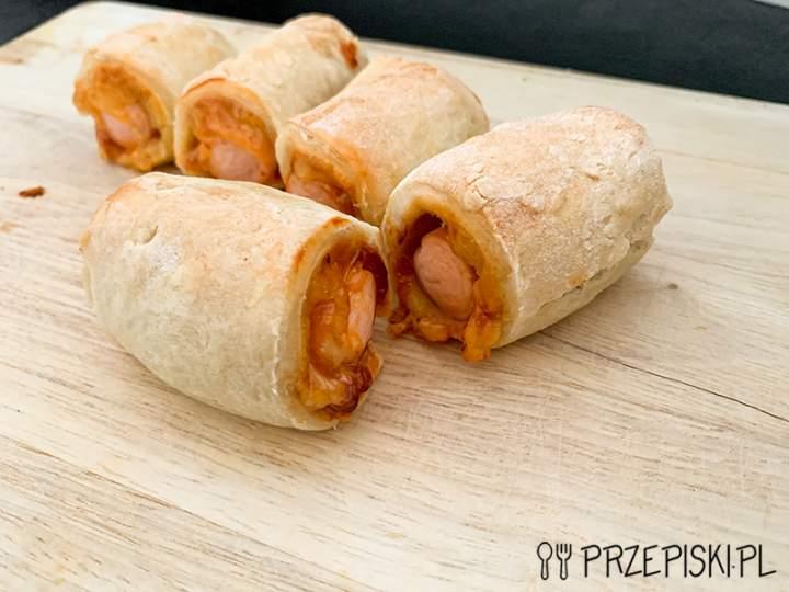 Mini Hot-Dogi – Parówki w Cieście Drożdżowym