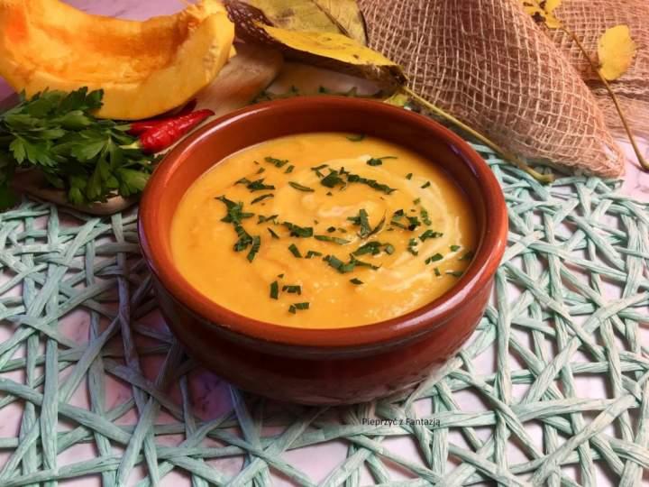 Zupa dyniowa z warzywami (zupa krem)