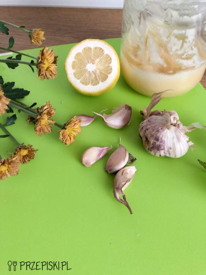 Domowy Syrop z Czosnku – Naturalny Antybiotyk