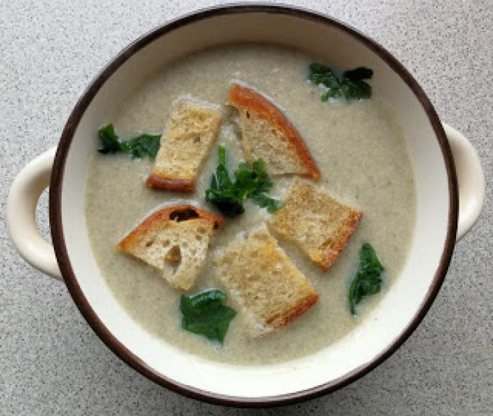 Zupa krem z cukinii i pieczarek – wersja na Thermomix