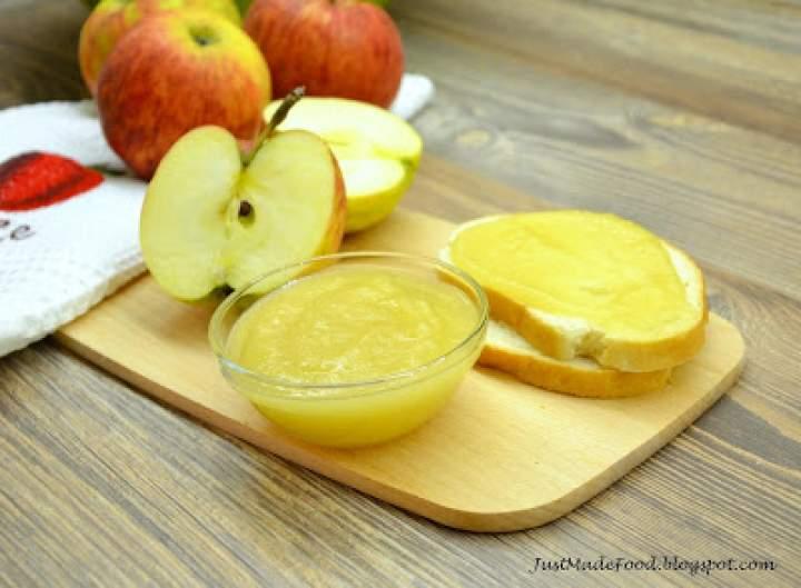 Domowy mus jabłkowy