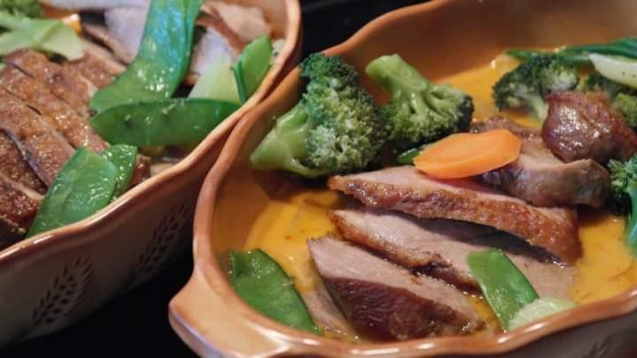 Zdrowotne zalety mięsa kaczki na talerzu