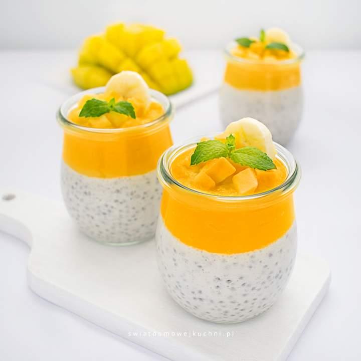 Pudding chia z bananem i mango
