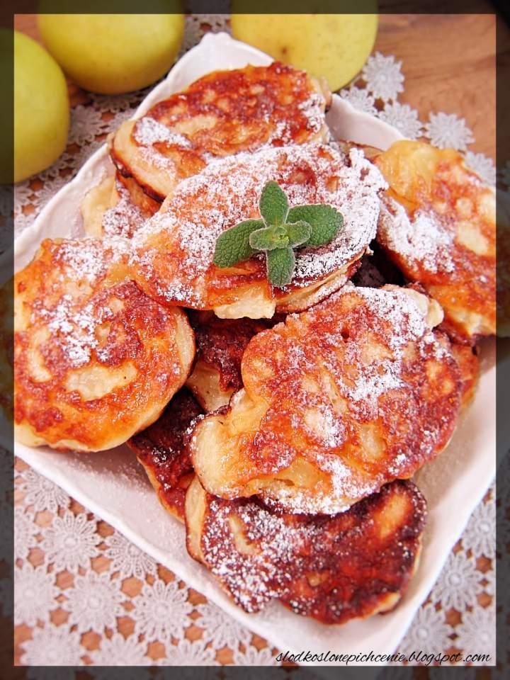 Racuchy serowe z jabłkami
