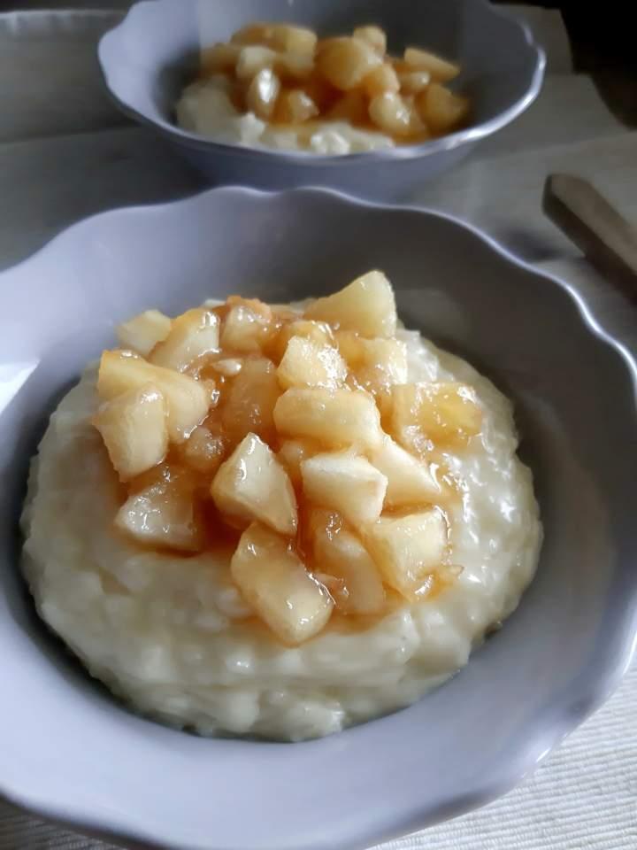 Ryż na mleku z karmelizowanymi jabłkami