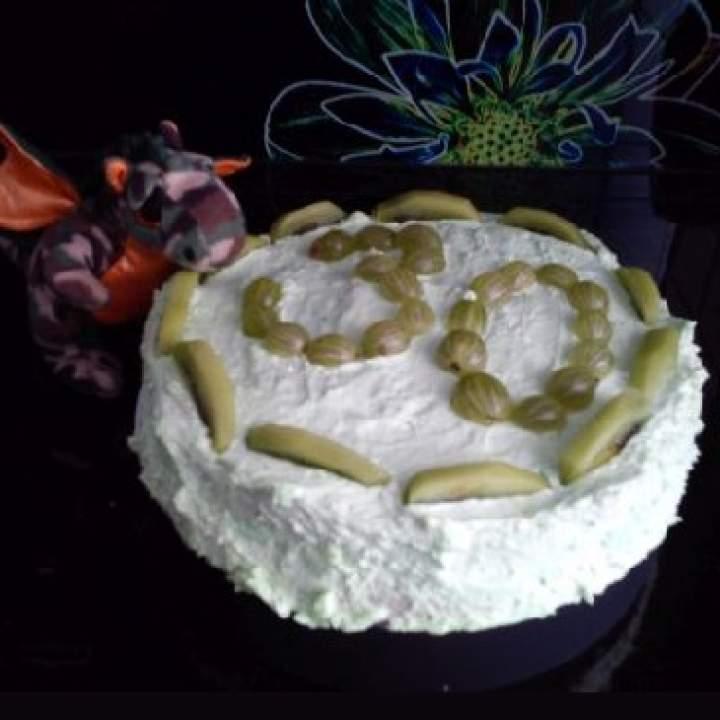 Zielony tort z kiwi