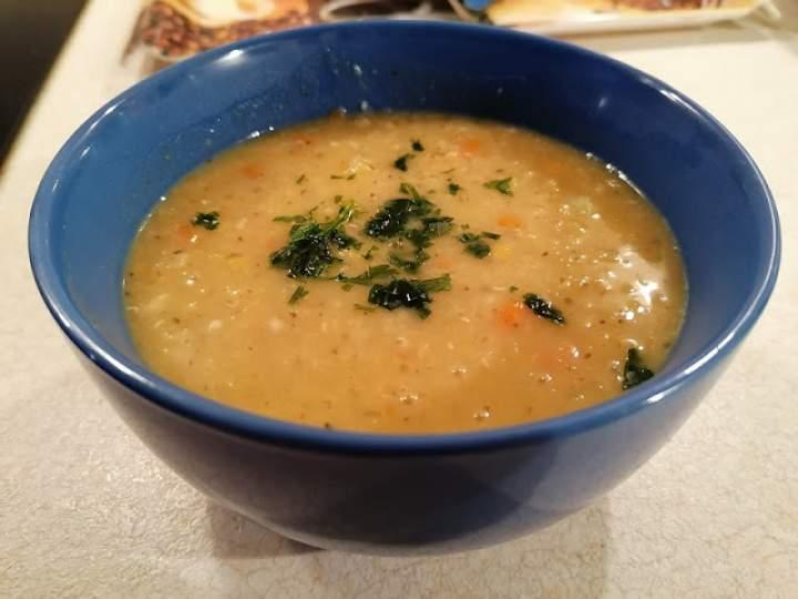 Zupa z soczewicą i czosnkiem