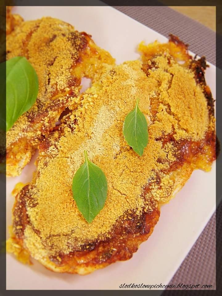 Piersi z kurczaka zapiekane pod musztardowo-serową kołderką