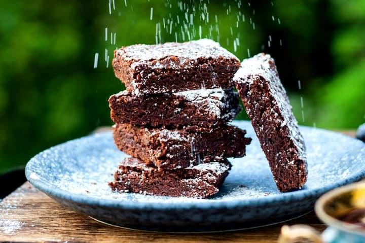 Przepis na proste brownie z kakao