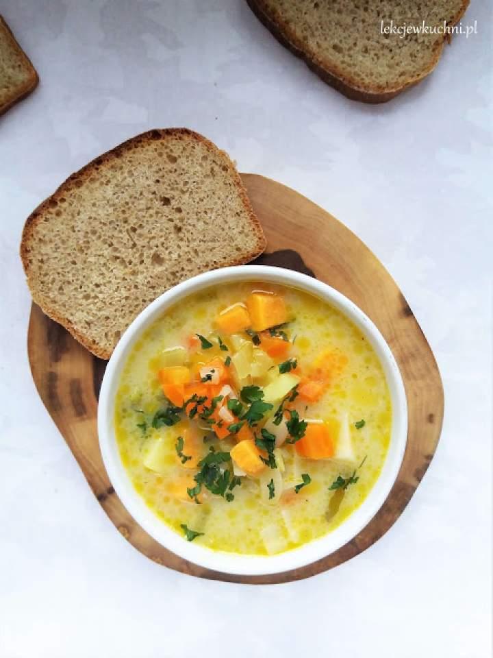Zupa ziemniaczano – jarzynowa / Potato Vegetable Soup
