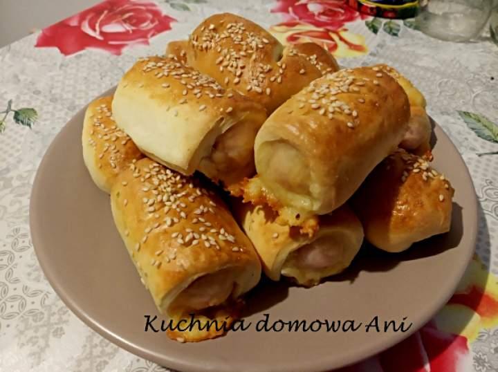 Mini hot dogi