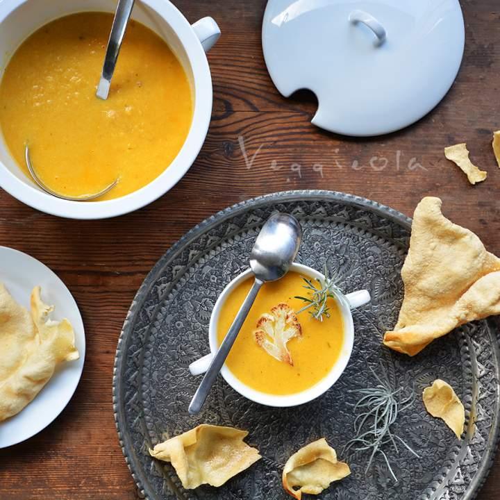 Zupa z kalafiora w indyjskim stylu