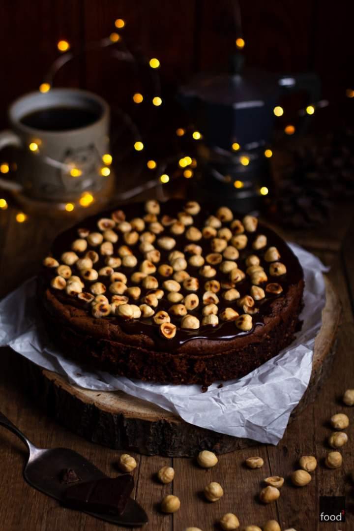 Nutella Cake – ciasto czekoladowe z orzechami laskowymi