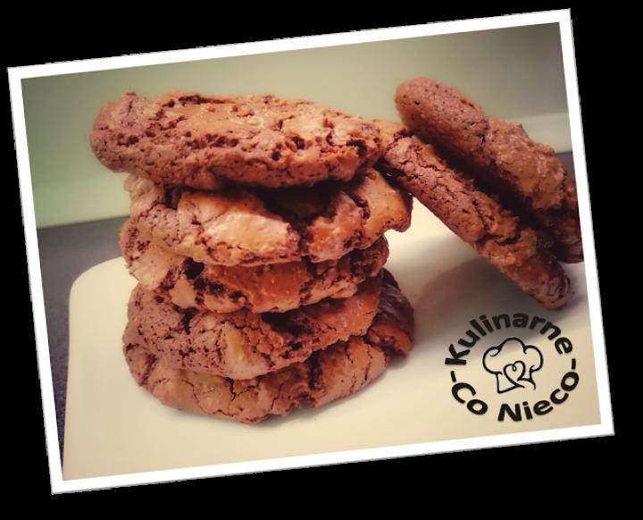 Ciasteczka Czekoladowo – Orzechowe