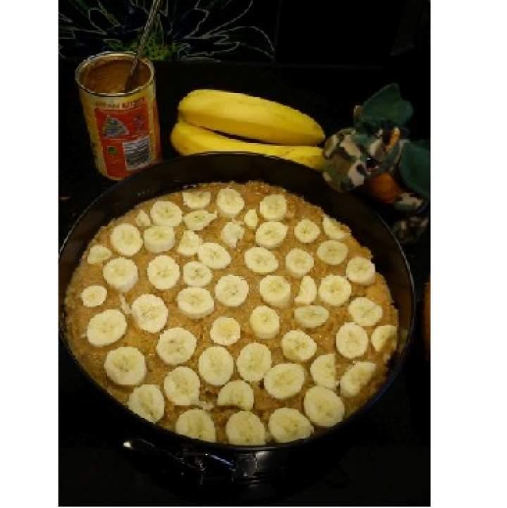 Tort bananowy z masą kajmakową
