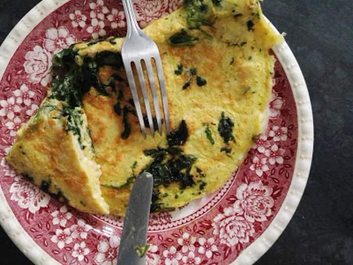 Omlet szpinakowy z serem