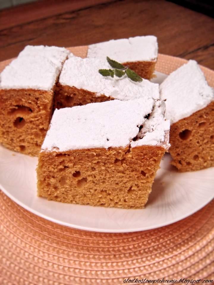 Ekspresowe ciasto ucierane z kajmakiem