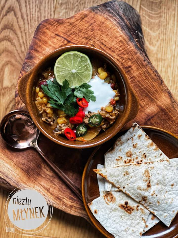 Kac-Zupa – Ostra zupa z mięsem mielonym