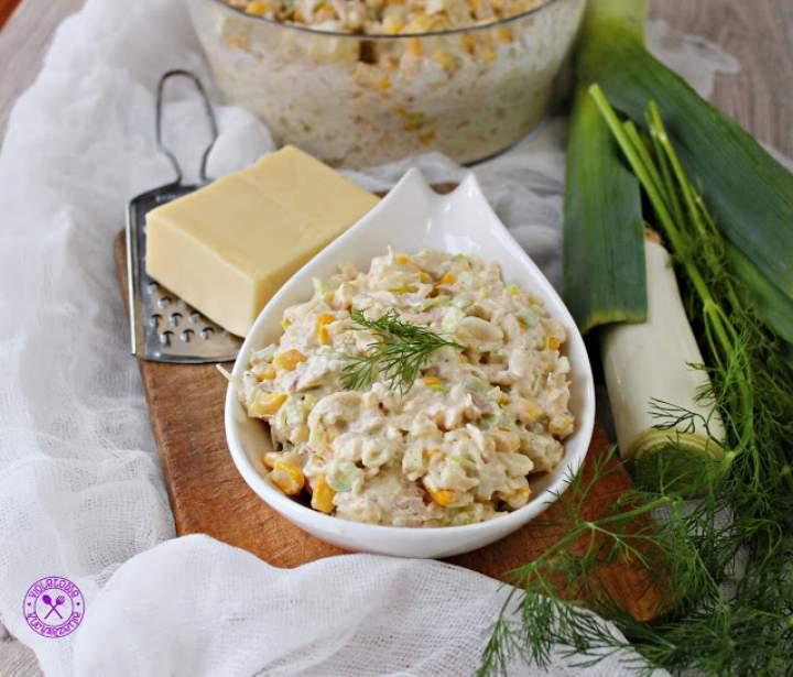 Sałatka makaronowa z tuńczykiem i serem