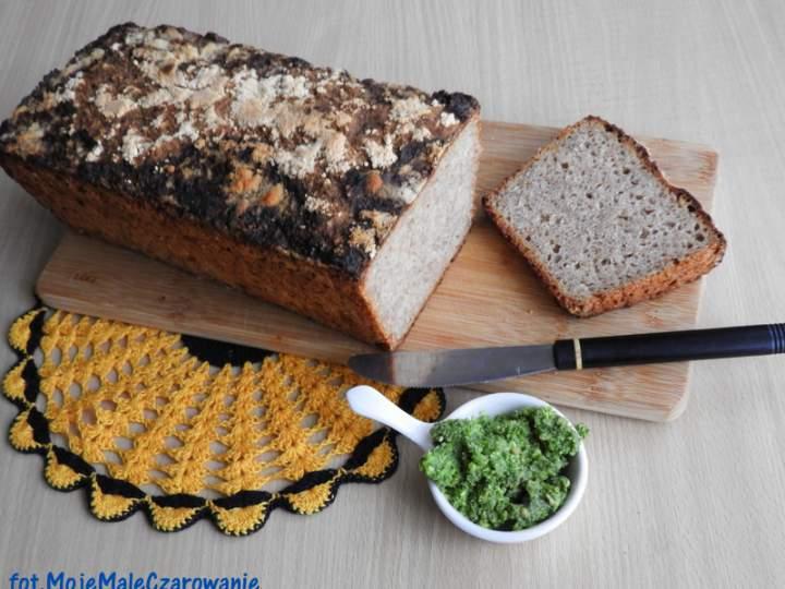 Chleb mieszany na zakwasie i drożdżach