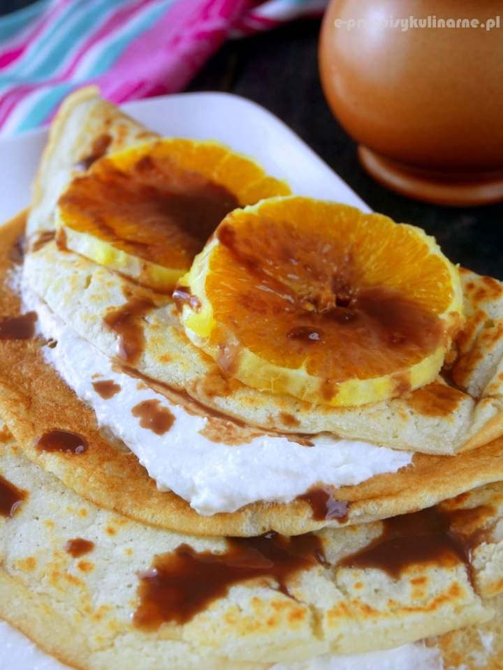 Kokosowe naleśniki z serem – lekkie i puszyste