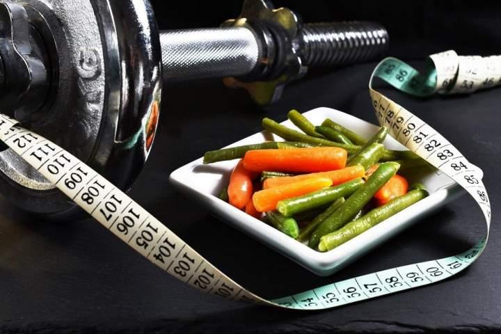 Jak zdrowo przytyć i zbudować czystą masę mięśniową? Poznaj 8 najlepszych sposobów!