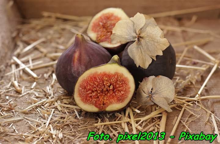Figówka – nalewka na suszonych figach.