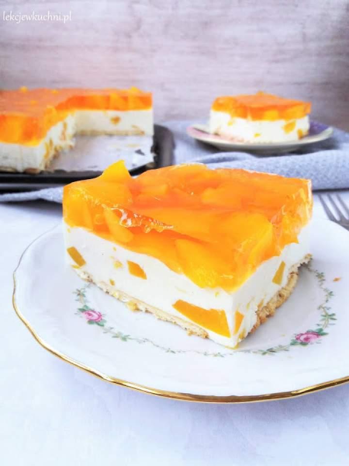 Sernik na zimno z wiaderka (z brzoskwiniami) / No Bake Polish Cheesecake