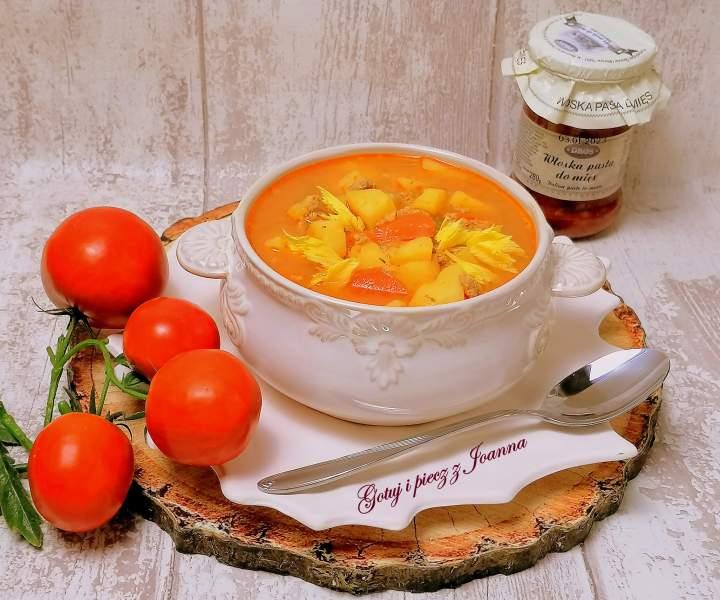Rozgrzewająca zupa z Włoską pastą Dros