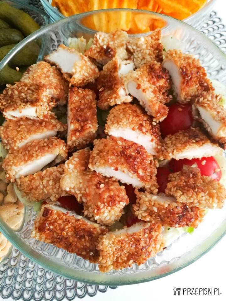 Sałatka z Kurczakiem w Sezamie