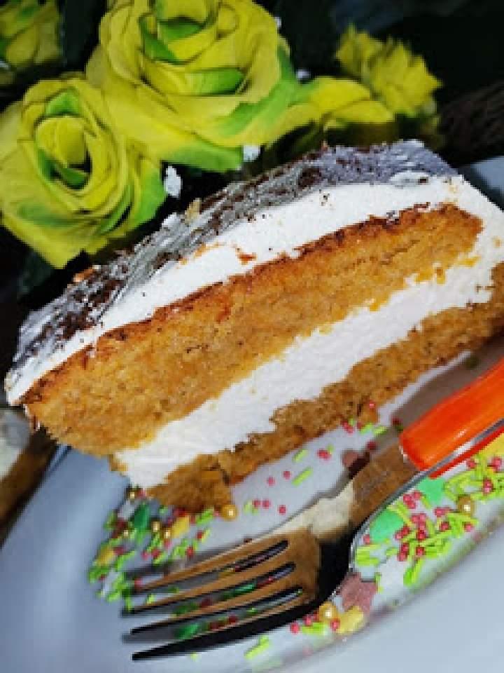 Ciasto marchewkowo – Jabłkowe z kremem.