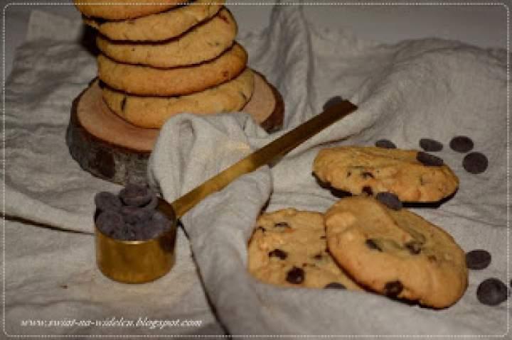 Kruche ciasteczka z masłem orzechowym