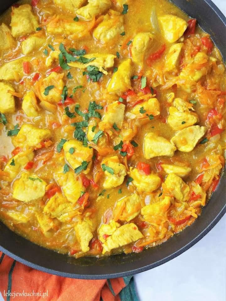 Potrawka z kurczaka z kurkumą i marchewką / Chicken Stew with Turmeric and Carrots