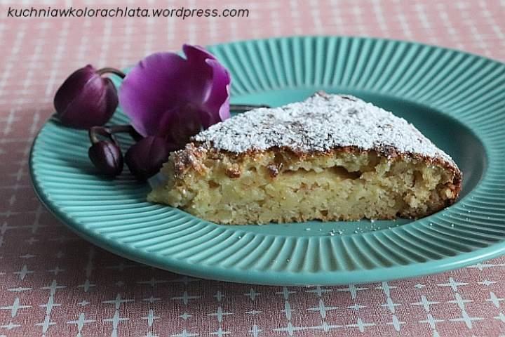Migdałowe ciasto z jabłkami