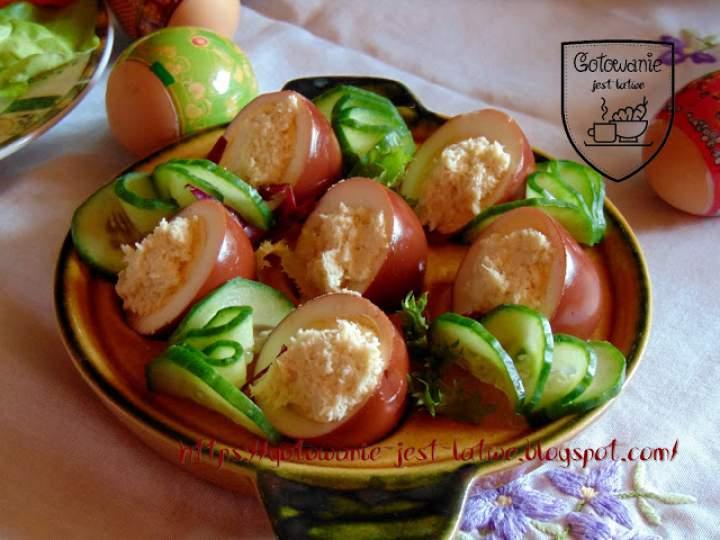 Jajka marynowane w czerwonym winie