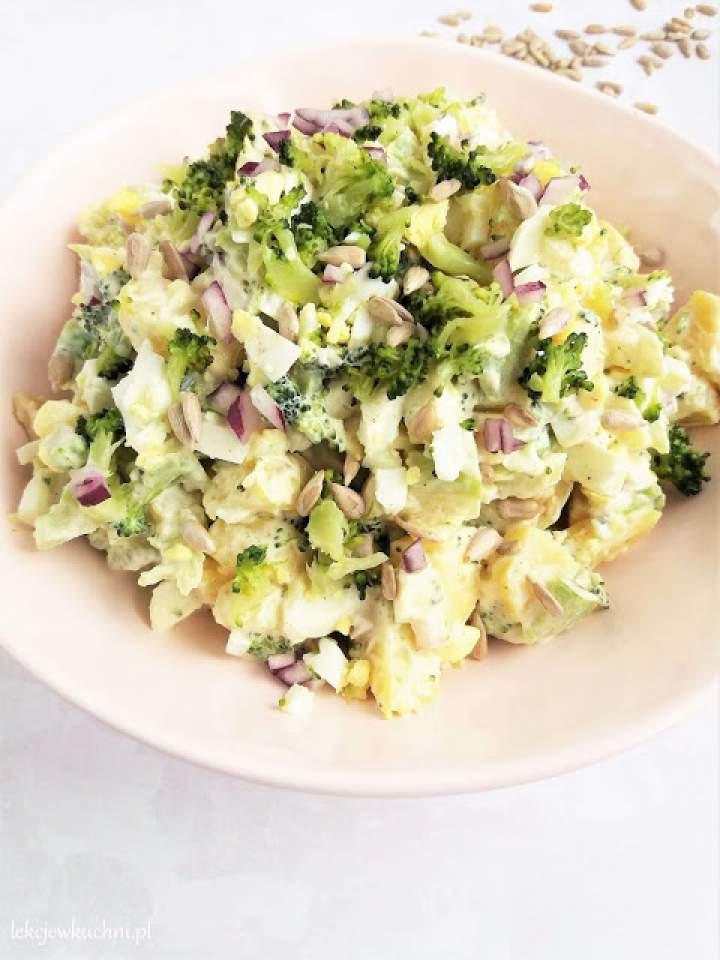 Sałatka ziemniaczana z brokułem / Broccoli Potato Salad