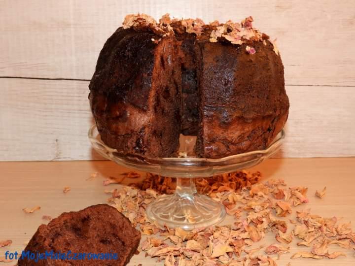 Babka czekoladowo – różana