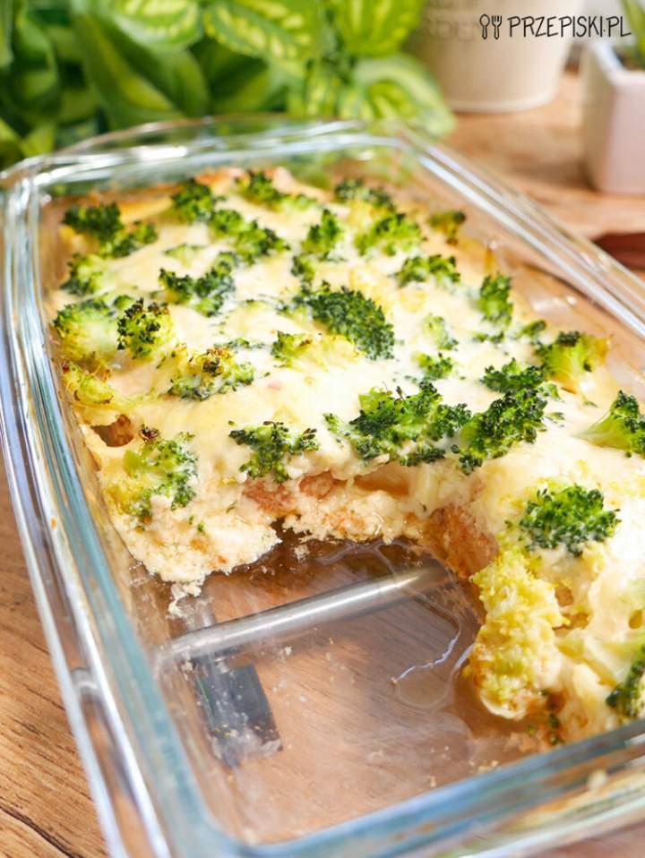 Filet z Kurczaka Pod Brokułową Pierzynką