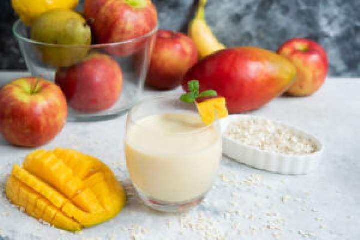 Koktajl owsiany z mango – recenzja bezprzewodowego Blendera BlendyGo!