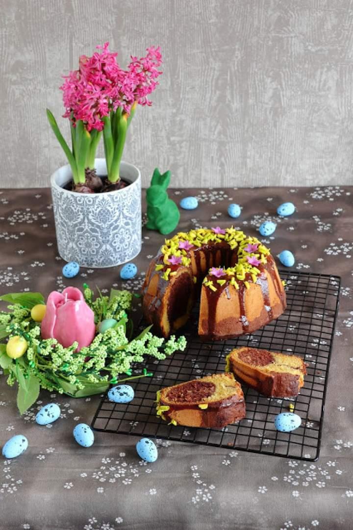 Wielkanocna babka waniliowo-kakaowa