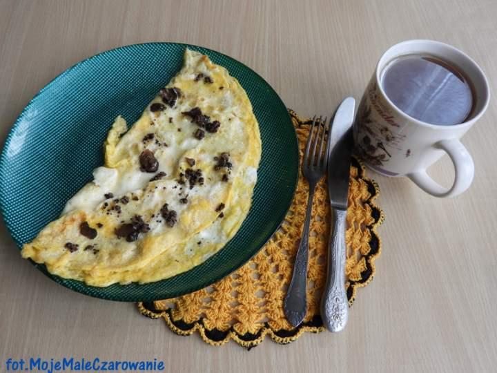 Omlet z czarną truflą – król omletów