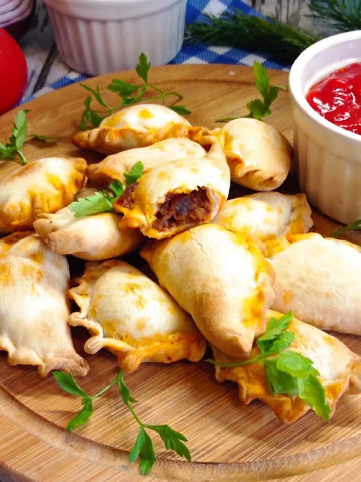Pieczone pierożki (empanadas)