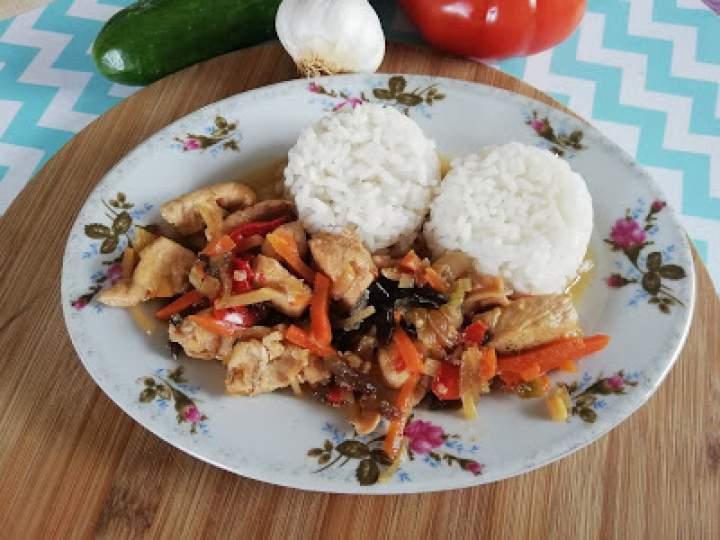 Kurczak z sosem sojowym