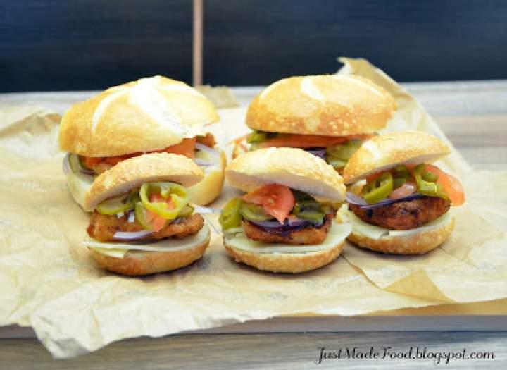 Chicken burger – hamburger z kurczakiem