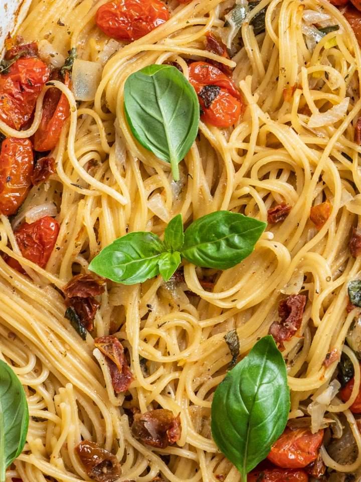 Spaghetti z piekarnika