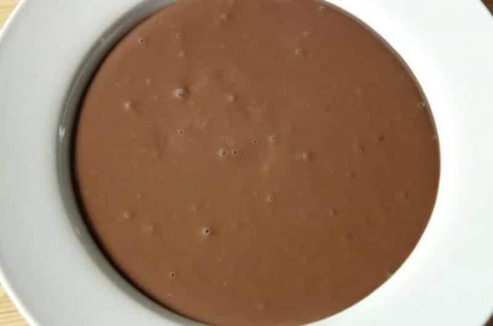 Prawdziwy budyń czekoladowy z gorzkim kakao